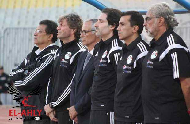 من قال أن الاصابات للاعبين فقط؟ اصابة طبيب منتخب مصر واستدعاء المحليين بدلاً منه