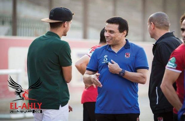 الشيخ يعود ويظهر علي دكة بدلاء النادي الأهلي امام الفيصلي