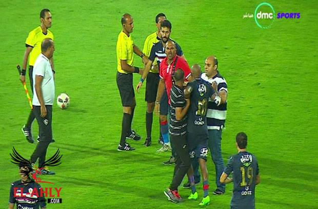 شيكابالا يحاول اعتداء علي الحكم عقب الخسارة في كأس مصر