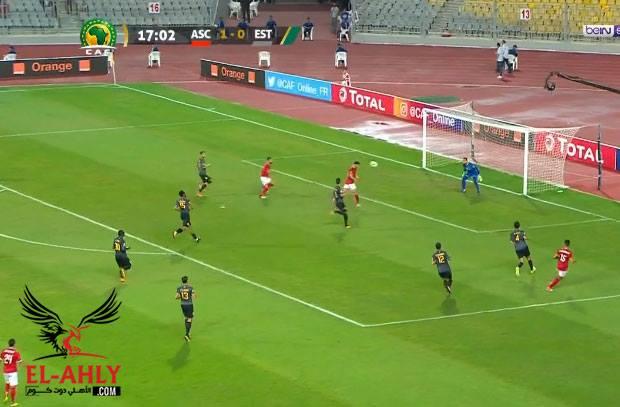 """أزارو يهدر فرصة جديدة """"سهلة"""" للأهلي أمام مرمى الترجي"""