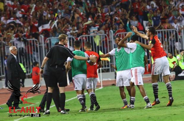 اتحاد الكرة يقدم التعازي لمدرب المنتخب