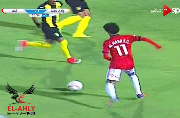 """كوابيس الدوري المصري تصر علي مطاردة """"ميدو"""" امام النصر"""