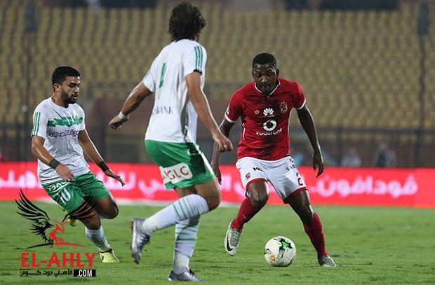 الأهلي يهزم الإتحاد بثنائية ويحقق فوزه الأول في بطولة الدوري هذا الموسم