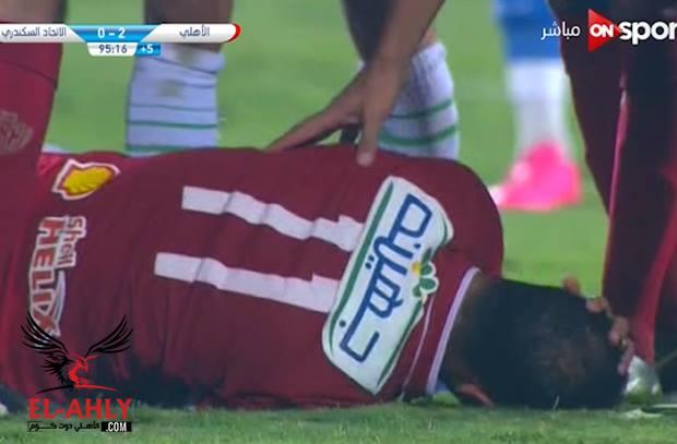 إصابة قوية لوليد سليمان والنتيجة طرد مباشر للاعب الإتحاد