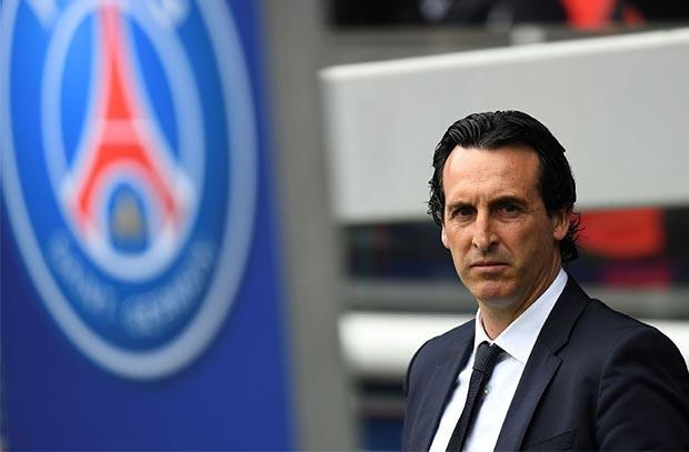 باريس سان جيرمان يهدد مدربه بمورينيو وكونتي وسيميوني