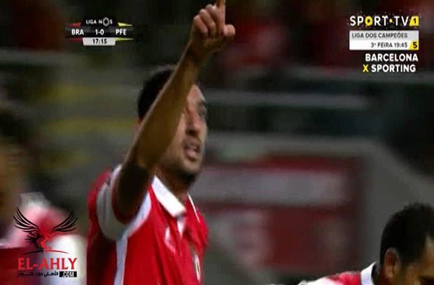 """تقنية الفيديو تلغي هدف عالمي لكوكا """"بالكعب"""" في الدوري البرتغالي"""