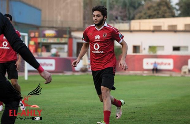 عودة صالح جمعة وكريم نيدفيد لدكة بدلاء الأهلي أمام مصر المقاصة