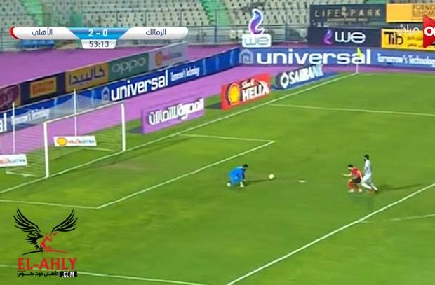 أحمد الشناوي يسقط رعباً امام ازارو ليسجل الأهلي هدفه الثالث