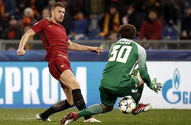 دزيكو يقود روما لربع نهائي دوري الأبطال على حساب شختار