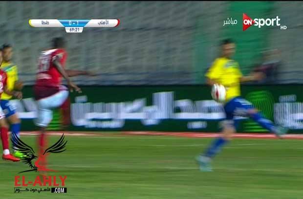 نور الدين يتغاضى عن ضربة جزاء للأهلي وسط مشهد تمثيلي من لاعب طنطا