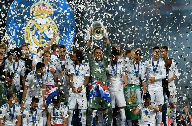 برشلونة وبويول يقدمان التهاني إلي ريال مدريد بعد الفوز بدوري الأبطال