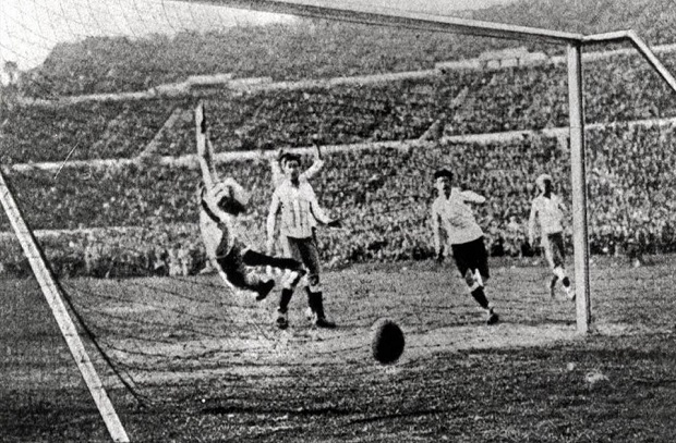 تاريخ كأس العالم 2 .. 1930 أوروجواي تفوز بشرف التنظيم واللقب الأول