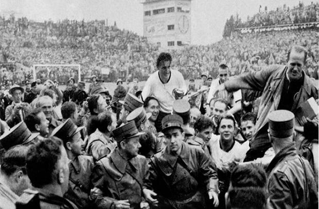 حكاية نهائي 5 .. 1954 ألمانيا تقهر المجر وتفوز باللقب في أكبر المفاجأت