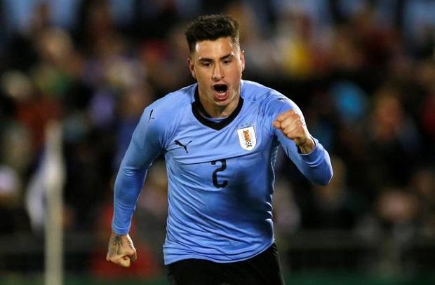 مدافع أوروجواي : أحب مواجهة الأفضل وصلاح من الأفضل واتمني لحاقه بالمونديال