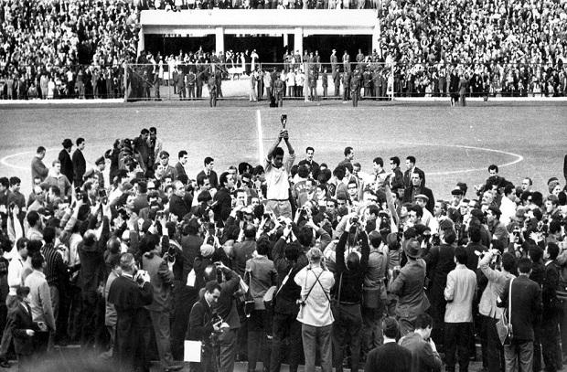 حكاية نهائي 7 .. 1962 البرازيل تعادل رقم إيطاليا وتفوز باللقب الثاني علي التوالي