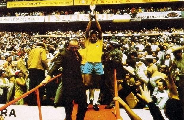 حكاية نهائي 9 .. 1970 صراع الجبابرة البرازيل تفوز علي إيطالي وتحصد الكأس الثالثة