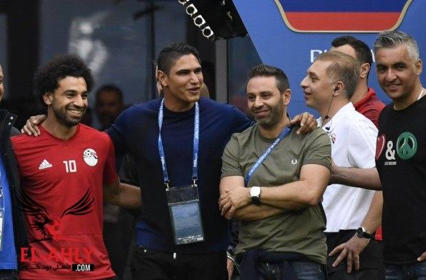 حازم إمام: هناك حاجز لا يمكن اختراقه بين لاعبي المنتخب والجماهير