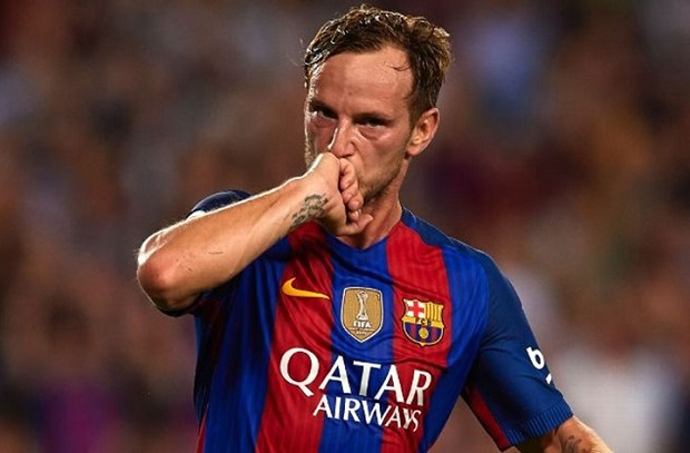 راكيتيتش يرفض ملايين سان جيرمان ويفضل البقاء مع برشلونة