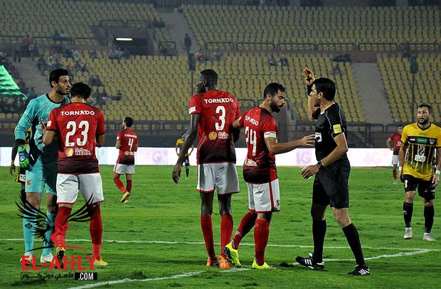 في بيان رسمي .. الأهلي يطالب اتحاد الكرة بالتحقيق مع إبراهيم نور الدين ويهدد بالانسحاب