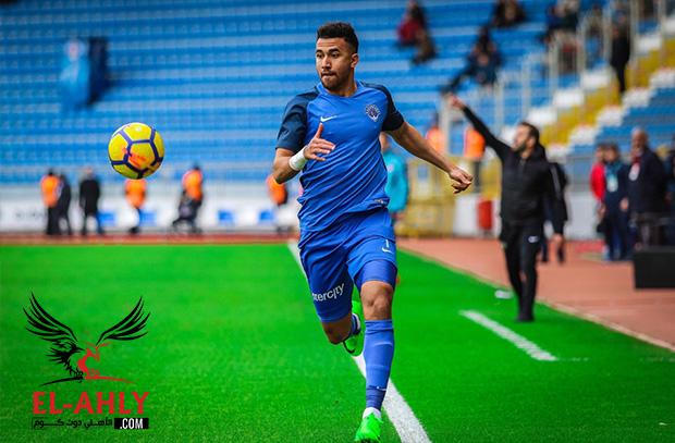 تريزيجيه يحضر حفل الاتحاد التركي وعينه على جائزة أفضل لاعب