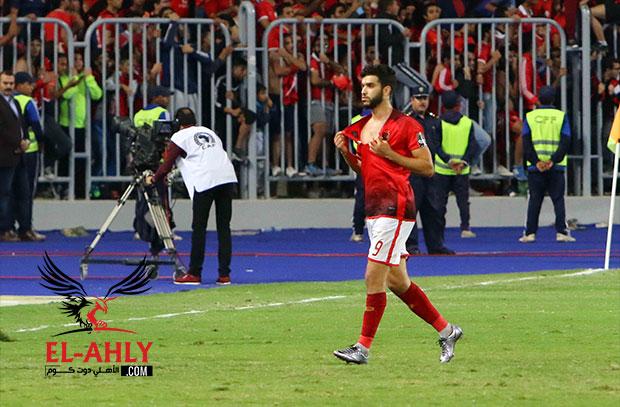 El-Ahly.com يوضح.. لماذا غضب كارتيرون بسبب قميص ازارو الممزق؟
