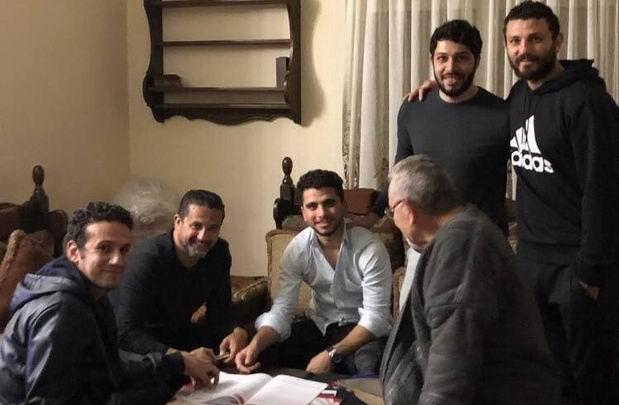 محمد محمود يكشف حقيقة صورة توقيعه للأهلي هل بالفعل قديمة وتفاصيل تفاوض الزمالك والأحمر