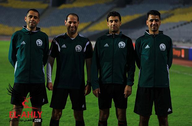 طاقم تحكيم مباراة الأهلي وفيتا كلوب يتدرب في برج العرب