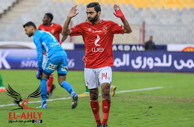 حسين الشحات يزف أنباء سارة لجماهير الأهلي