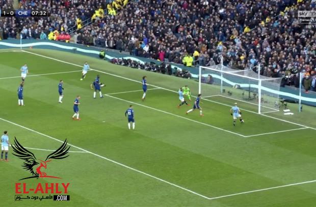 في واحدة من عجائب كرة القدم.. اجويرو يضيع هدف القرن في لقطة جنونية