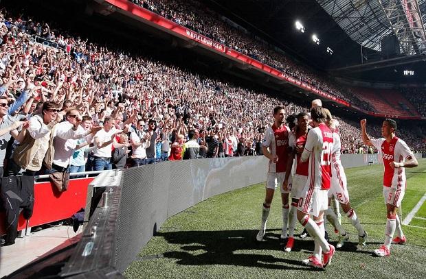 إستعدادا للريال .. أياكس يقرر فتح الصالة الداخلية بعد إمتلاء ملعب أمستردام آرينا