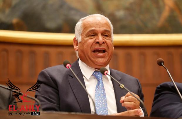 بعد نفي الوزير.. فرج عامر يتراجع عن تصريحات الغاء الدوري