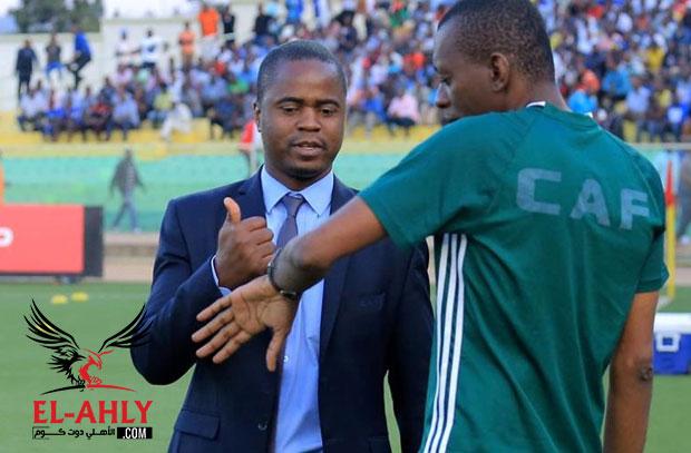 الفيفا يوقف المتحدث الرسمي باسم اتحاد الكرة بموزمبيق لمدة 15 عام