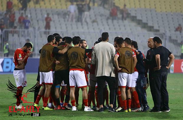 El-Ahly.com يكشف.. ما قاله حسام عاشور للاعبي الأهلي قبل تحية الجماهير