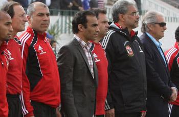 استياء وحزن لأحداث القاهرة وترقب للموقف والعودة لبريتوريا وسر الملعب