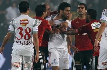 """""""أمطار طوب"""" وتراشق بين اللاعبين والسبب حسام وسعيد وصفع الصفتي لمتعب!"""