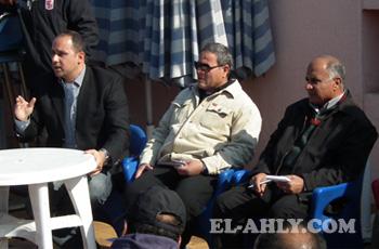 بدون صياح وعواء.. مدير فرع الجزيرة يجتمع بالعاملين لمناقشة المشاكل