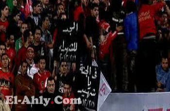 """سؤال .. ماذا يعرف مذيع الجزيرة الرياضية """"المصري"""" عن مجزرة بورسعيد؟"""