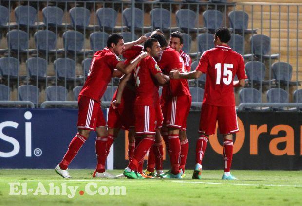 عمرو جمال وجدو يقودان الأهلي للفوز أمام نكانا الضعيف