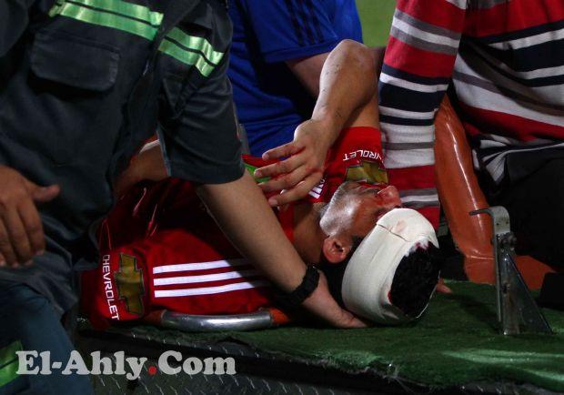 استمع لكلمات محمد نجيب بعد اصابته الدامية واطمئن عليه