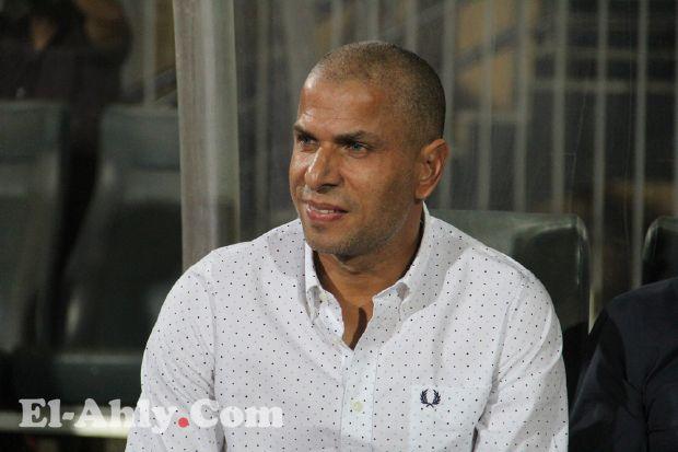شاهد كيف تعامل وائل جمعة مع منصبه الجديد