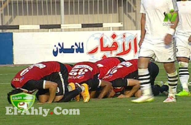 محمود فتح الله يحرز هدف صاروخي في مباراة الجيش والحدود