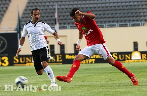 لاعبي الأهلي يقدمون فاصل رائع ليسجل تريزيجيه الهدف الثاني