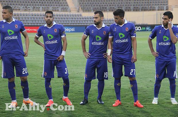 تشكيل الأهلي: مبروك يستعين بثلاثة لاعبين في الوسط ومتعب وحيداً في الهجوم