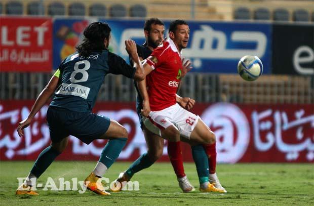 احمد عبد الظاهر يواصل اهدار الفرص امام انبي