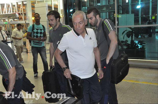 سباب لاعبو الزمالك للأهلي يتسبب في مشاجرة في مطار تونس