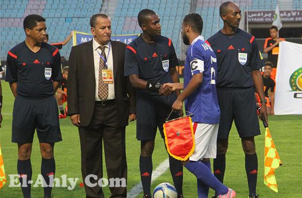 هل يخاطر فتحي مبروك بغياب حسام عاشور في ذهاب نصف النهائي!
