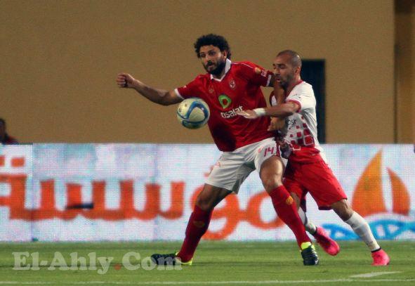 حسام غالي يغادر الملعب مصاباً امام بتروجيت