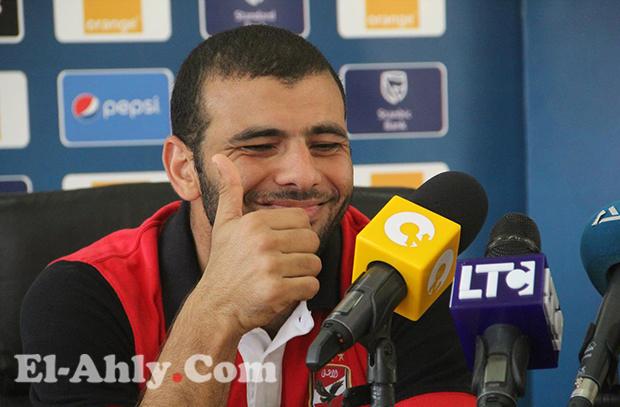 عماد متعب: إعتزال؟ سأستمر حتي لو خارج الأهلي وهناك حملة ضدي