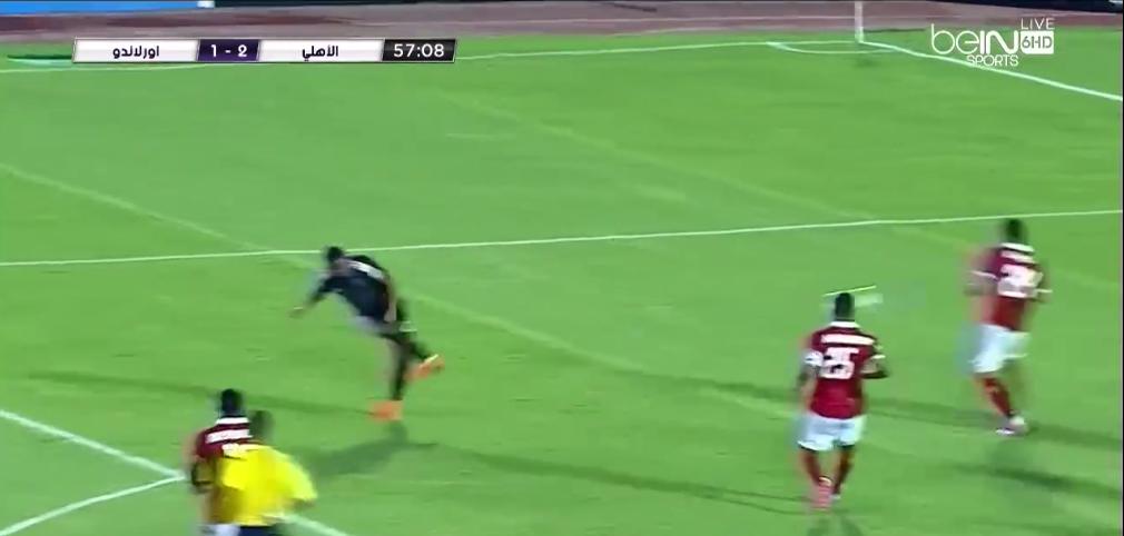 اورلاندو بايرتس يسجل هدف في مرمي الأهلي