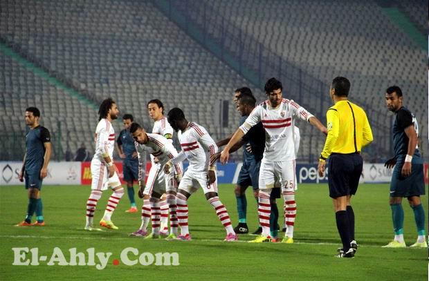 محمود عاشور يحكم مباراة الأهلي وأسوان